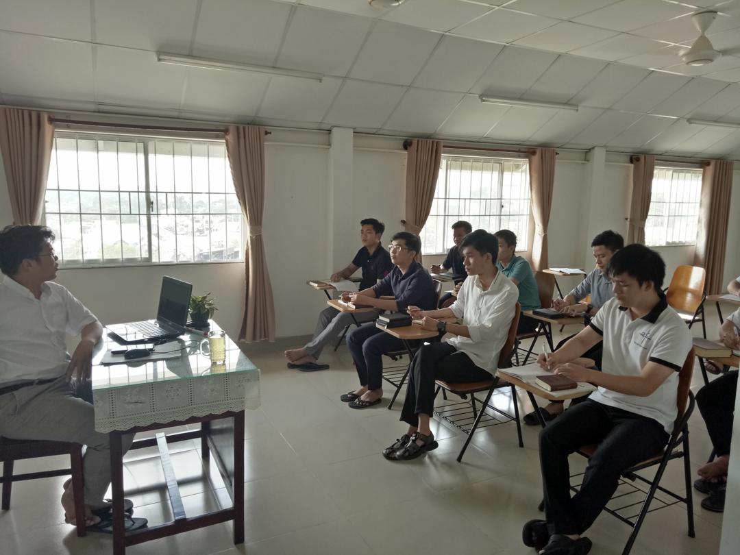 Cha André Tuấn chia sẻ với cac anh em tìm hiểu 2019